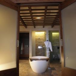 Opera suite bathroom #1